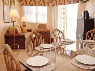 Beautiful Condo with Internet Access and A/C - Fort Lauderdale vacation rentals