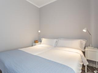Double bedroom,bathroom, A /C, wifi - Palma de Mallorca vacation rentals