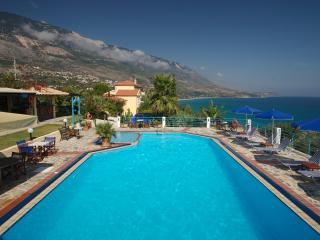 Villa Rosa - 1 Bedroom Apart. (mezzanine level) - Trapezaki vacation rentals