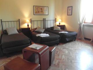 Vacanze home in Siena - Siena vacation rentals