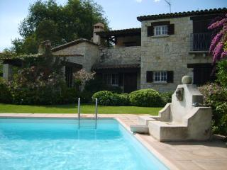 Stone villa with pool, walking distance to town - Vence vacation rentals