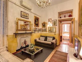 VERY CENTRAL  NAVONA/CAMPO DE FIORI QUITE WI FI - Fiumicino vacation rentals