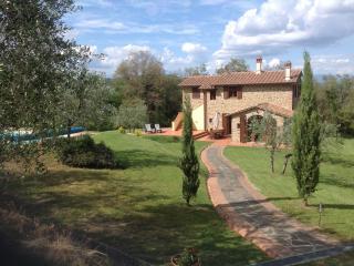 Farmhouse near Arezzo - Civitella in Val di Chiana vacation rentals