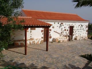 Typical majorera house in Fuerteventura - La Asomada vacation rentals