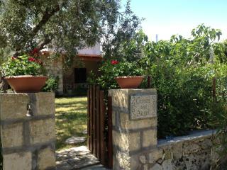 Casa Vacanze Cuore degli Angeli - Marittima vacation rentals