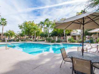 Condo HTD pool spa near stadium&spring trianing - Phoenix vacation rentals