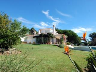 Casa Cravalo - Carvoeiro vacation rentals