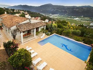 Beautiful 4 bedroom Villa in Gattieres with Internet Access - Gattieres vacation rentals
