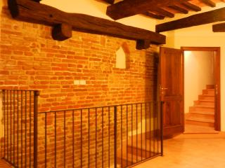 Great 2BR apt. in center of lovely Umbrian town - Citta della Pieve vacation rentals