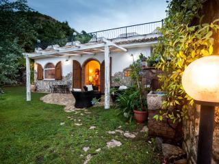 Romantico e incantevole rifugio giardino segreto - Bonifati vacation rentals