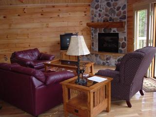 4 bedroom House with Deck in Hazelhurst - Hazelhurst vacation rentals