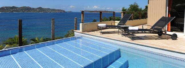 Cest La Vue 1 Bedroom SPECIAL OFFER - Pointe Milou vacation rentals