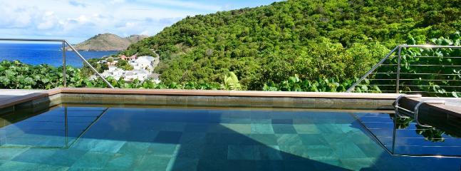 Villa Magic Bird 1 Bedroom SPECIAL OFFER - Flamands vacation rentals