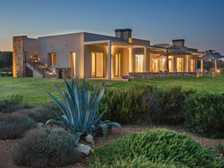 Casa Faro Favignana -Exclusive Villa Pool & Garden - Favignana vacation rentals