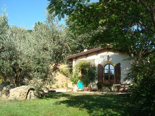 Charme and Confort in Sabina-Shire - LA FARFALLINA - Castelnuovo di Farfa vacation rentals
