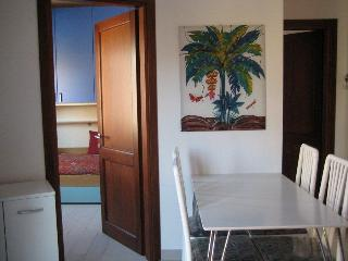 CASA VACANZA ISOLA ROSSA  6 POSTI - Isola Rossa vacation rentals