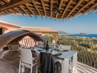 Luxurious property with pool - Golfo Aranci vacation rentals