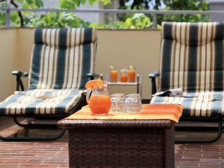 Biserka 4+2 - Banjole vacation rentals