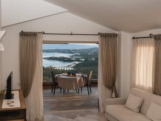 Apartment with luxurious decoration - Golfo Aranci vacation rentals