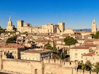 Studio Avignon intra-muros meublé droite - Avignon vacation rentals