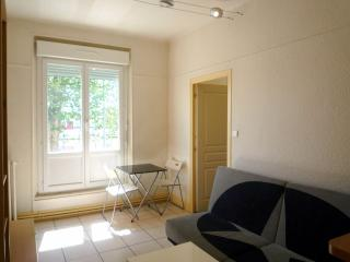 Romantic 1 bedroom Vacation Rental in Montluçon - Montluçon vacation rentals