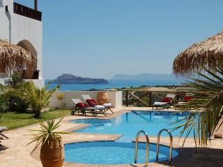 Lovely 6 bedroom Gerani Villa with Deck - Gerani vacation rentals
