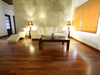 Spacious 2BR Apt on Gower St, Colombo 5, First Fl - Colombo vacation rentals