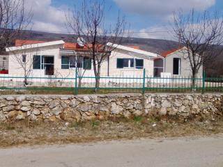 Bright 4 bedroom Guest house in Sinj - Sinj vacation rentals