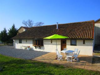 La Porcherie 3 bedroom gite in Poitou-Charentes - Saulge vacation rentals