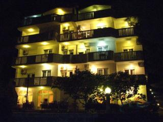 Candy Fis - Apartment 10 (Stanići) 1301-2 - Omis vacation rentals