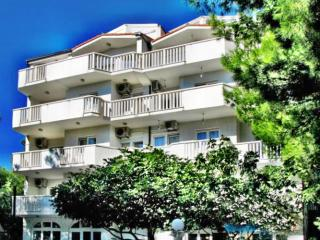 Candy Fis - Apartment 2 (Stanići) 1301-5 - Omis vacation rentals
