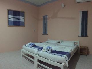 Madi Guest House Thulusdhoo Maldive - Camera 2 - Thulusdhoo Island vacation rentals