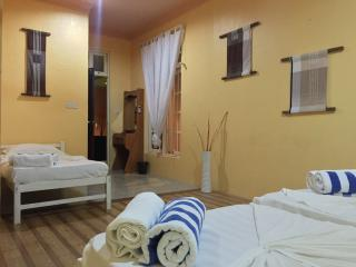 Madi Guest House Thulusdhoo Maldive - Family Room - Thulusdhoo Island vacation rentals