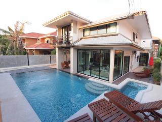 Vichy Villa # 1: NEW PATTAYA LUXURY 6 BED VILLA - Pattaya vacation rentals