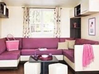 Bright 2 bedroom Lattes Caravan/mobile home with Internet Access - Lattes vacation rentals