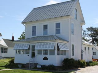 Lorna's Dune - Chincoteague Island vacation rentals