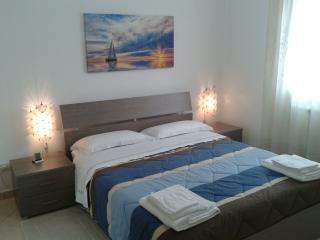 Bed and Breakfast KALÈ-Salento - Castromediano vacation rentals