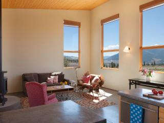 Southern Exposure - Beautiful Home Above Town - South Central Colorado vacation rentals