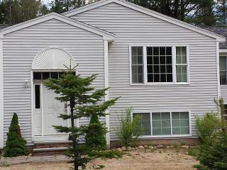 Spacious Vacation Home Madison - Madison vacation rentals