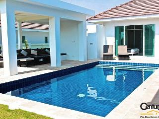 3 Bedroom Private Pool Villa suitable for children - Hua Hin vacation rentals