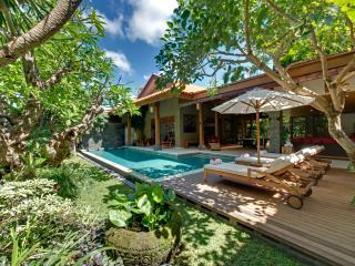 Luxury 4 BR Near Beach, Seminyak - Seminyak vacation rentals