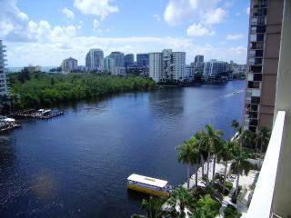 Gallery One Oceanview 1BR ** Free Hotel Parking ** - Fort Lauderdale vacation rentals