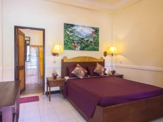 Ubud City Hotel, Double Bed Room With Air/Con - Ubud vacation rentals