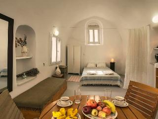 "Mesana - Traditional Stone House ""The Vine"" - Santorini vacation rentals"