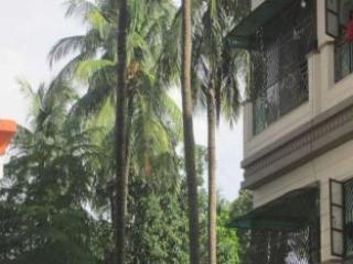 5 bedroom Bed and Breakfast with Internet Access in Kolkata (Calcutta) - Kolkata (Calcutta) vacation rentals