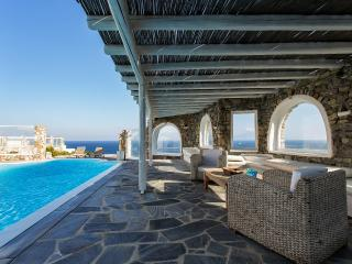 VILLABEAT  |  Villa Livia - Mykonos Town vacation rentals