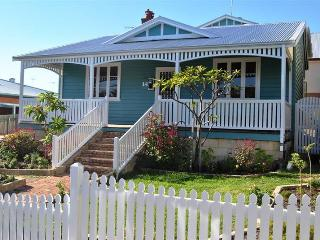 Familia Blue Fremantle - South Fremantle vacation rentals