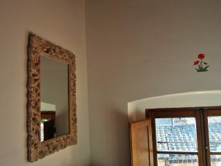 B&B Antico Granaione Poppy bedroom - Serre di Rapolano vacation rentals
