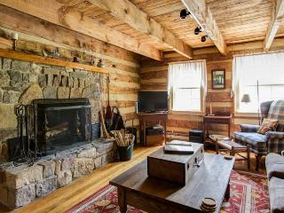 Rustic log cabin with beautiful antique details, 10 minutes from the Homestead, and 2 minutes from the Jefferson Pools - Hot Springs vacation rentals
