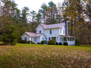 Nostalgic 1880s Farmhouse  Walking distance to downtown Highlands - Highlands vacation rentals